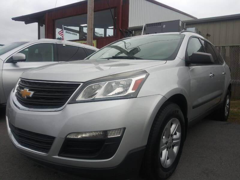 2015 Chevrolet Traverse for sale at Auto Credit Xpress - Sherwood in Sherwood AR