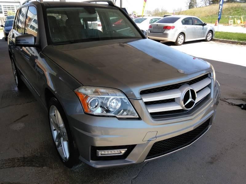 2011 Mercedes-Benz GLK for sale at Divine Auto Sales LLC in Omaha NE
