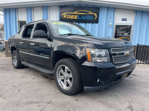 2009 Chevrolet Avalanche for sale at Freeland LLC in Waukesha WI