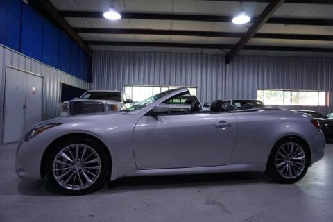 2013 Infiniti G37 Convertible for sale at SOUTHWEST AUTO CENTER INC in Houston TX