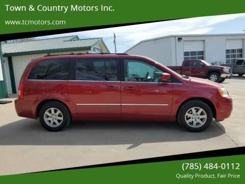 2010 Chrysler Town and Country for sale at Town & Country Motors Inc. in Meriden KS