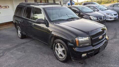 2006 Chevrolet TrailBlazer EXT for sale at Kidron Kars INC in Orrville OH