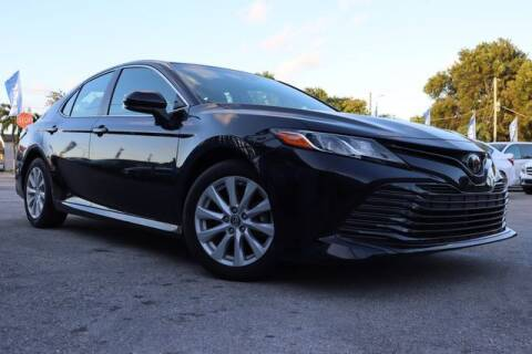 2018 Toyota Camry for sale at OCEAN AUTO SALES in Miami FL
