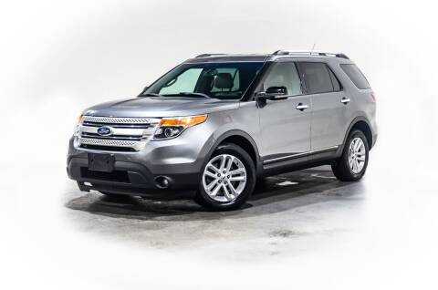 2013 Ford Explorer for sale at CarXoom in Marietta GA
