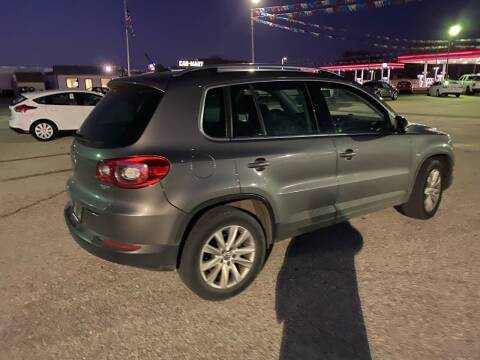 2009 Volkswagen Tiguan for sale at Pioneer Auto in Ponca City OK
