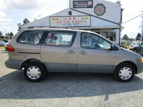 1998 Toyota Sienna for sale at G&R Auto Sales in Lynnwood WA