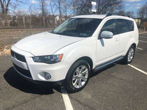 2013 Mitsubishi Outlander for sale at Jay's Automotive in Westfield NJ