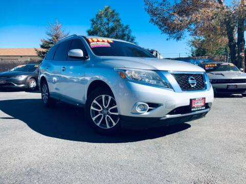 2016 Nissan Pathfinder for sale at Bargain Auto Sales LLC in Garden City ID