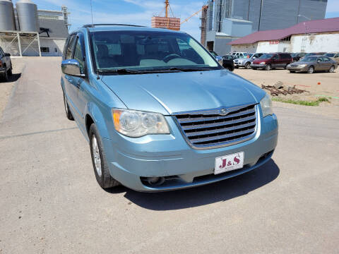 2008 Chrysler Town and Country for sale at J & S Auto Sales in Thompson ND