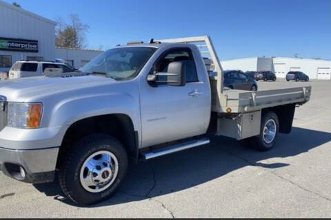 2011 GMC Sierra 3500HD CC for sale at CMC AUTOMOTIVE in Roann IN