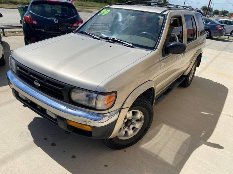 1999 Nissan Pathfinder for sale at Raj Motors Sales in Greenville TX