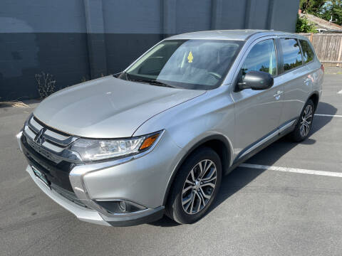 2018 Mitsubishi Outlander for sale at APX Auto Brokers in Lynnwood WA