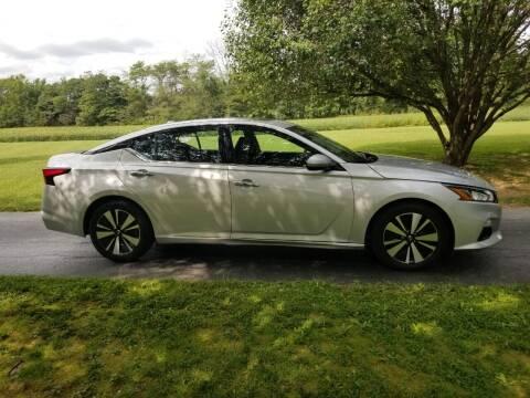 2019 Nissan Altima for sale at M & M Auto Sales in Hillsboro OH