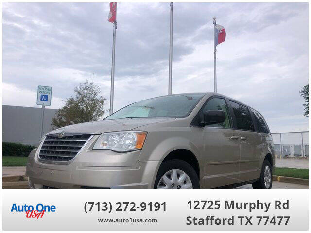 2009 Chrysler Town and Country for sale at Auto One USA in Stafford TX