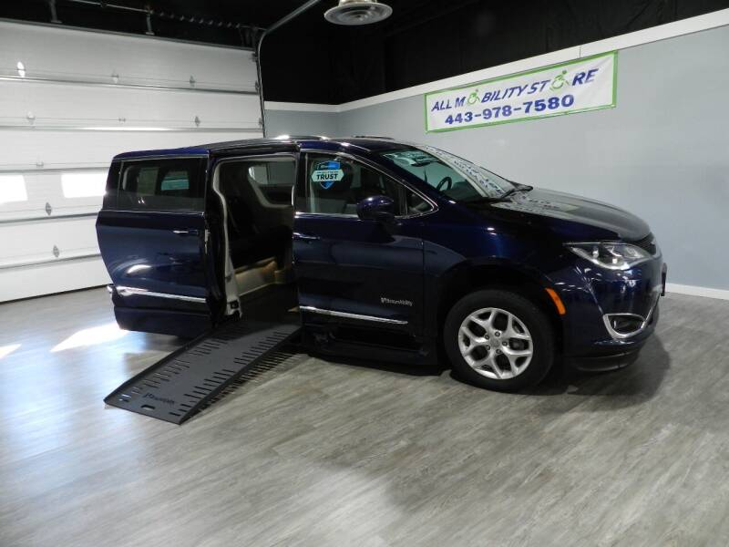 2020 Chrysler Pacifica for sale at ALL MOBILITY STORE in Delmar MD