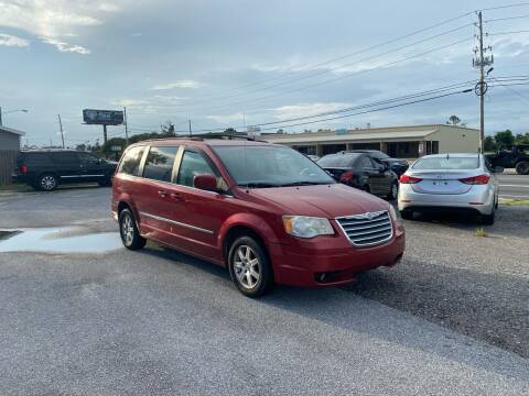 2010 Chrysler Town and Country for sale at Lucky Motors in Panama City FL