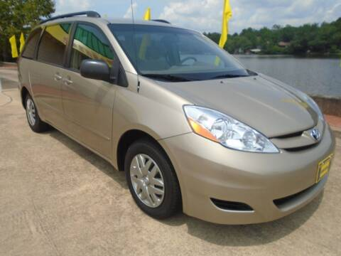 2008 Toyota Sienna for sale at Lake Carroll Auto Sales in Carrollton GA