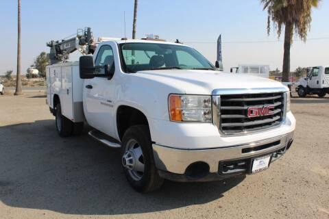 2008 GMC Sierra 3500HD CC for sale at Kingsburg Truck Center - Flatbed Trucks in Kingsburg CA