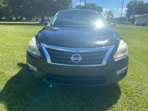 2015 Nissan Altima for sale at AM Auto Sales in Orlando FL