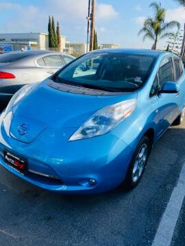 2011 Nissan LEAF for sale at Auto Max of Ventura in Ventura CA