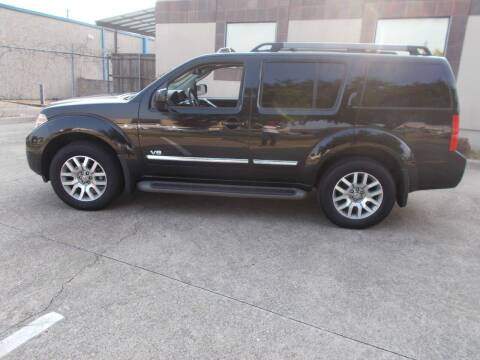 2008 Nissan Pathfinder for sale at ACH AutoHaus in Dallas TX