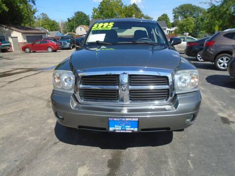 2006 Dodge Dakota for sale at DISCOVER AUTO SALES in Racine WI