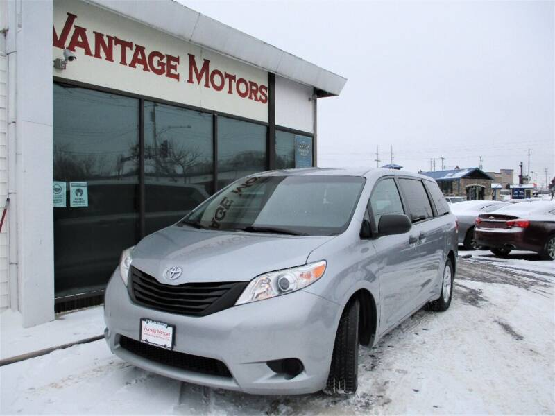 2017 Toyota Sienna for sale at Vantage Motors LLC in Raytown MO