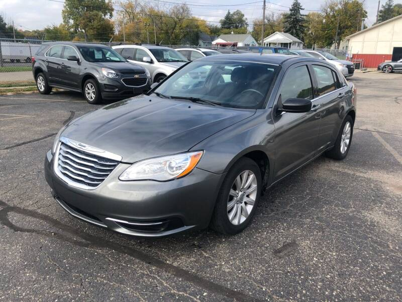 2013 Chrysler 200 for sale at Dean's Auto Sales in Flint MI