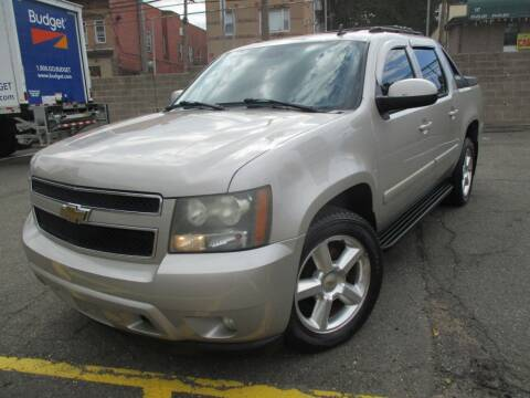 2007 Chevrolet Avalanche for sale at Park Motor Cars in Passaic NJ