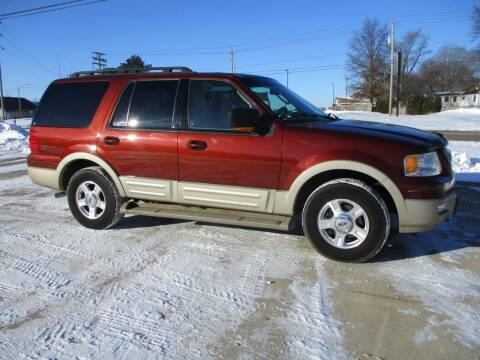 2006 Ford Expedition for sale at Crossroads Used Cars Inc. in Tremont IL