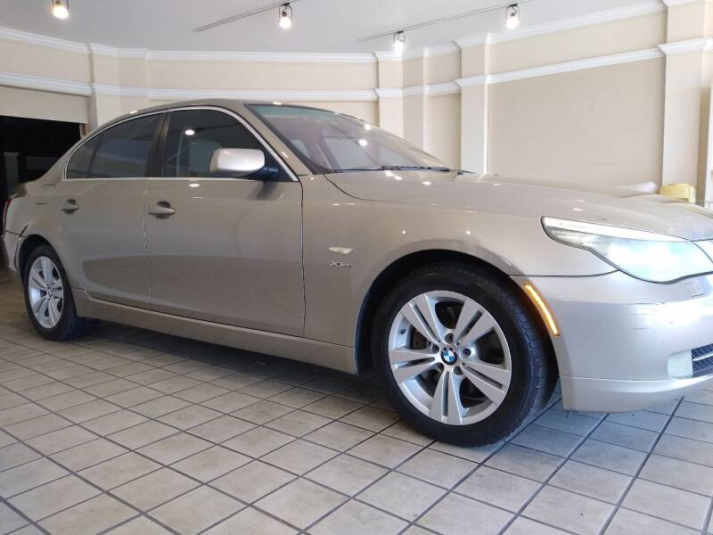 2009 BMW 5 Series for sale at Town Motors in Hamilton OH