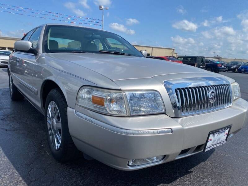 2008 Mercury Grand Marquis for sale at VIP Auto Sales & Service in Franklin OH