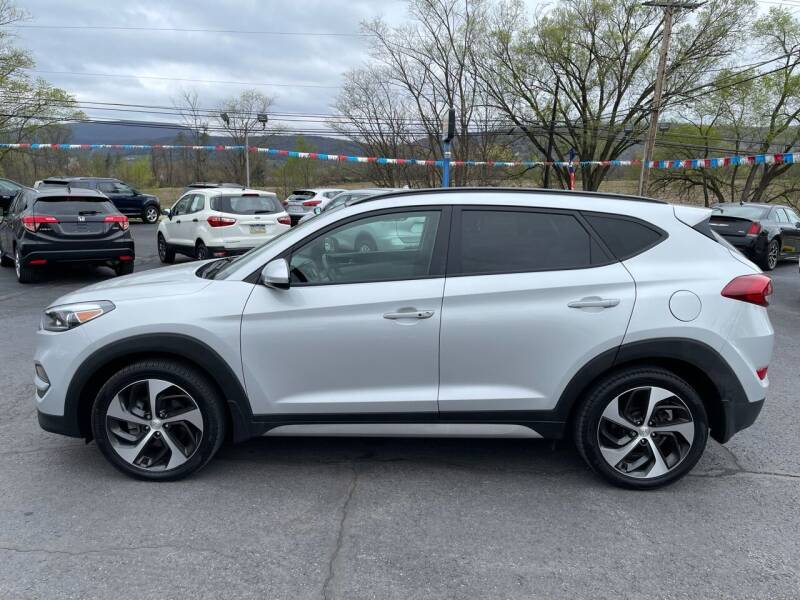 2017 Hyundai Tucson for sale at MAGNUM MOTORS in Reedsville PA