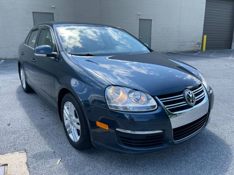 2006 Volkswagen Jetta for sale at CROSSROADS AUTO SALES in West Chester PA
