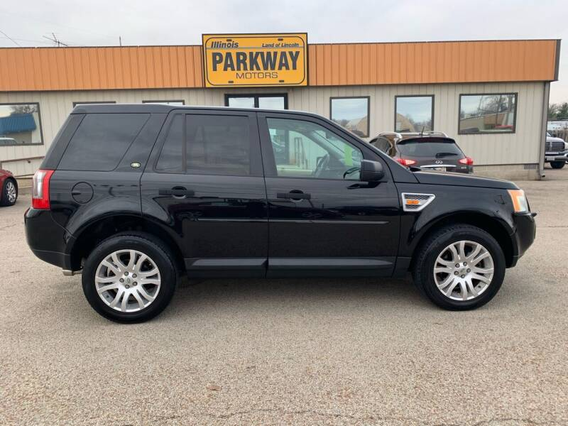 2008 Land Rover LR2 for sale at Parkway Motors in Springfield IL