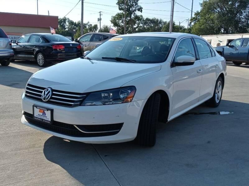 2013 Volkswagen Passat for sale at EURO MOTORS AUTO DEALER INC in Champaign IL