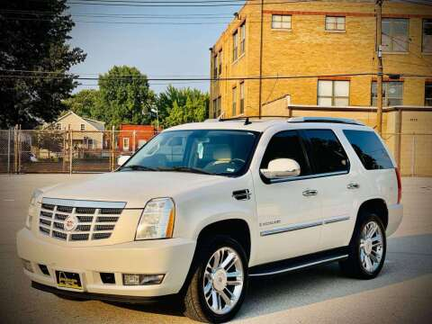 2007 Cadillac Escalade for sale at ARCH AUTO SALES in Saint Louis MO