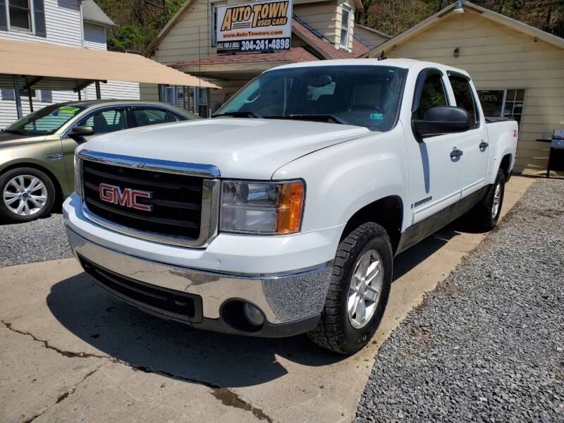 2009 GMC Sierra 1500 for sale at Auto Town Used Cars in Morgantown WV