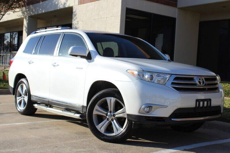 2012 Toyota Highlander for sale at DFW Universal Auto in Dallas TX