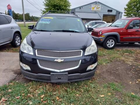 2011 Chevrolet Traverse for sale at Car Connection in Yorkville IL