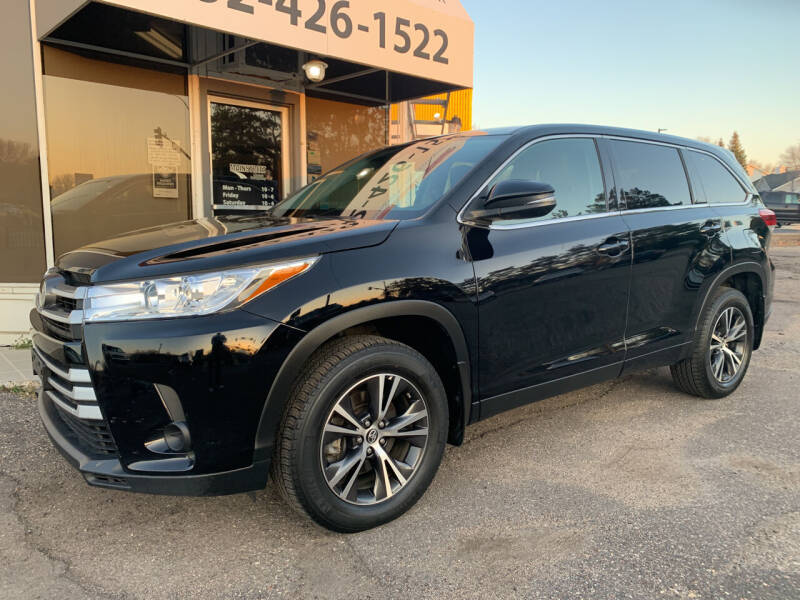 2019 Toyota Highlander for sale at Mainstreet Motor Company in Hopkins MN