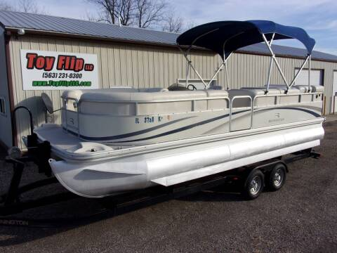 2005 Bennington 2275 RL Pontoon for sale at Toy Flip LLC in Cascade IA