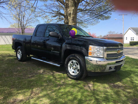 2013 Chevrolet Silverado 1500 for sale at Antique Motors in Plymouth IN