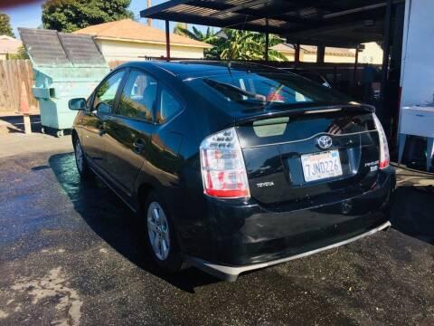 2008 Toyota Prius for sale at Auto Max of Ventura in Ventura CA