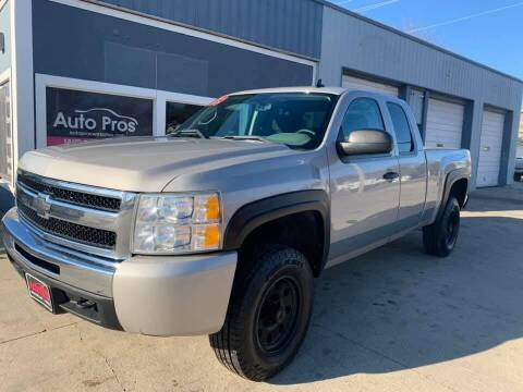 2009 Chevrolet Silverado 1500 for sale at AutoPros - Waterloo in Waterloo IA