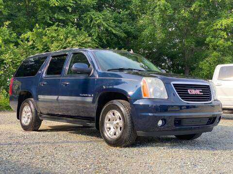 2007 GMC Yukon XL for sale at Charlie's Used Cars in Thomasville NC