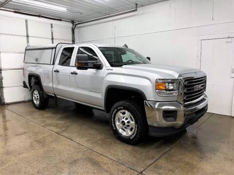 2016 GMC Sierra 2500HD for sale at PARKWAY AUTO in Hudsonville MI