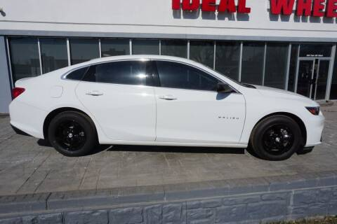 2017 Chevrolet Malibu for sale at Ideal Wheels in Sioux City IA