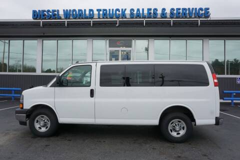 2017 Chevrolet Express Passenger for sale at Diesel World Truck Sales in Plaistow NH