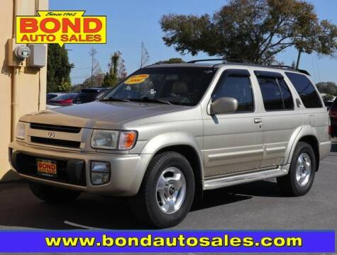 1999 Infiniti QX4 for sale at Bond Auto Sales in St Petersburg FL